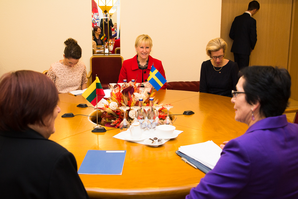"Minister for Foreign Affairs Wallström described the State Visit as ""intense and fruitful""."