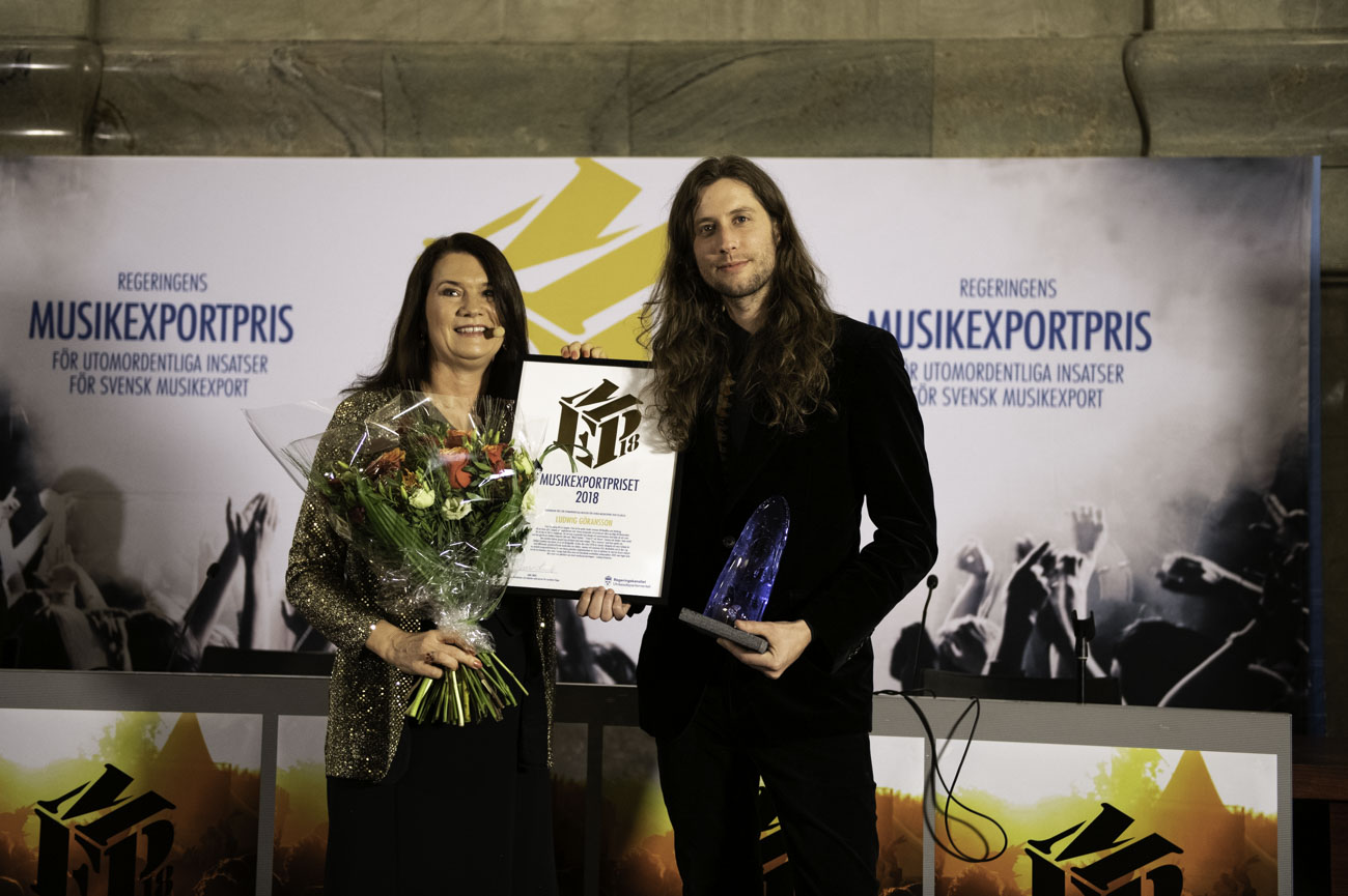 Minister for Foreign Trade Ann Linde and Ludwig Göransson winner of the Music Export Prize.