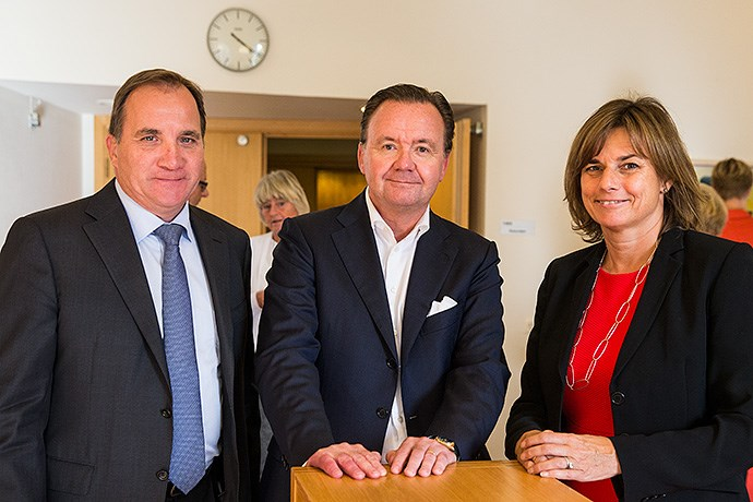 Prime Minister Stefan Löfven and Minister for International Development Cooperation and Climate Isabella Lövin together with Karl-Henrik Sundström, CEO and Managing Director of Stora Enso, at the meeting of the National Innovation Council at Rosenbad.