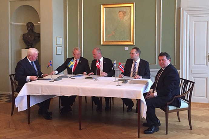 The Nordic Ministers of Defence signing a Memorandum of Understanding.