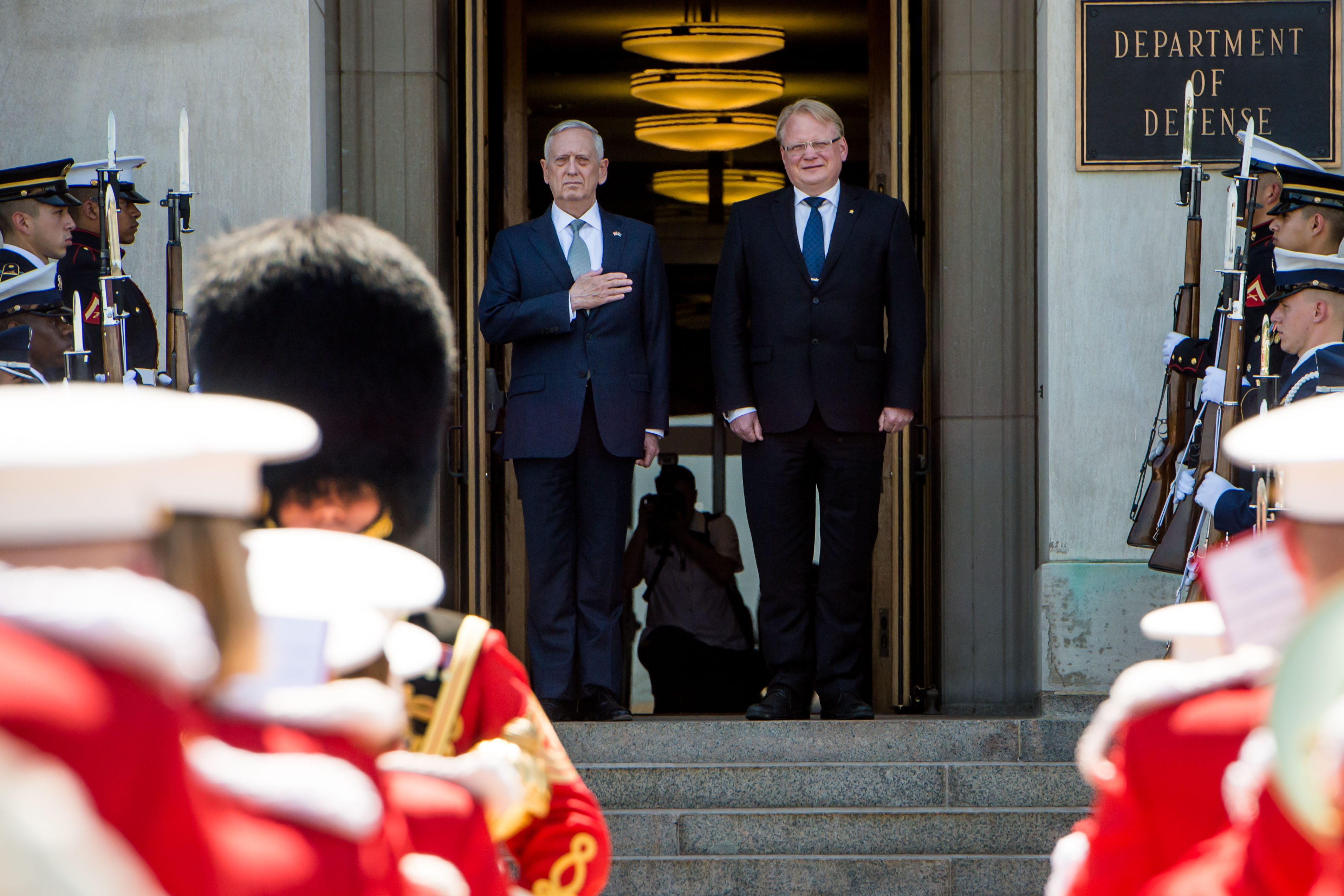 U.S. Defense Secretary Mattis together with Minister for Defence Peter Hultqvist
