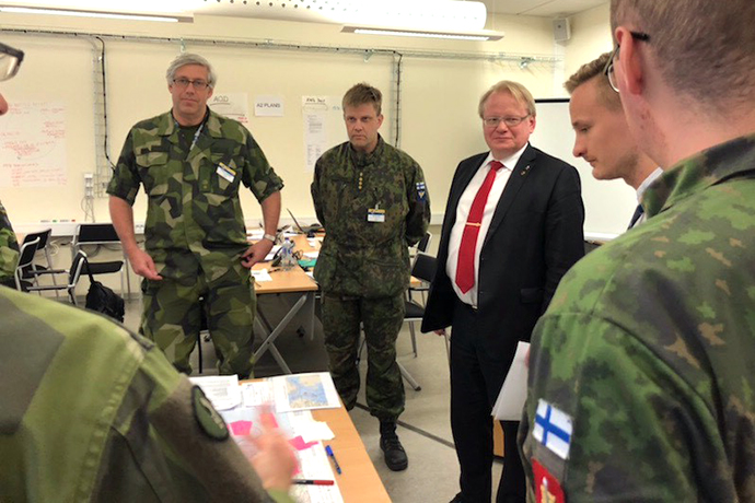 Minister of Defence Peter Hultqvist at the exercise Viking 18 in Uppsala