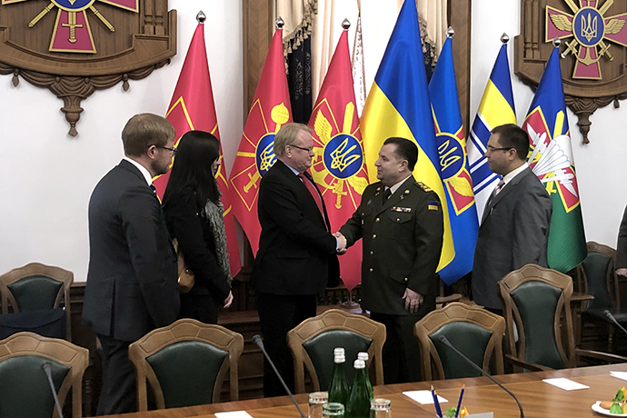 Minister of Defence Peter Hultqvist and the Ukrainian Minister of Defence Stepan Poltorak