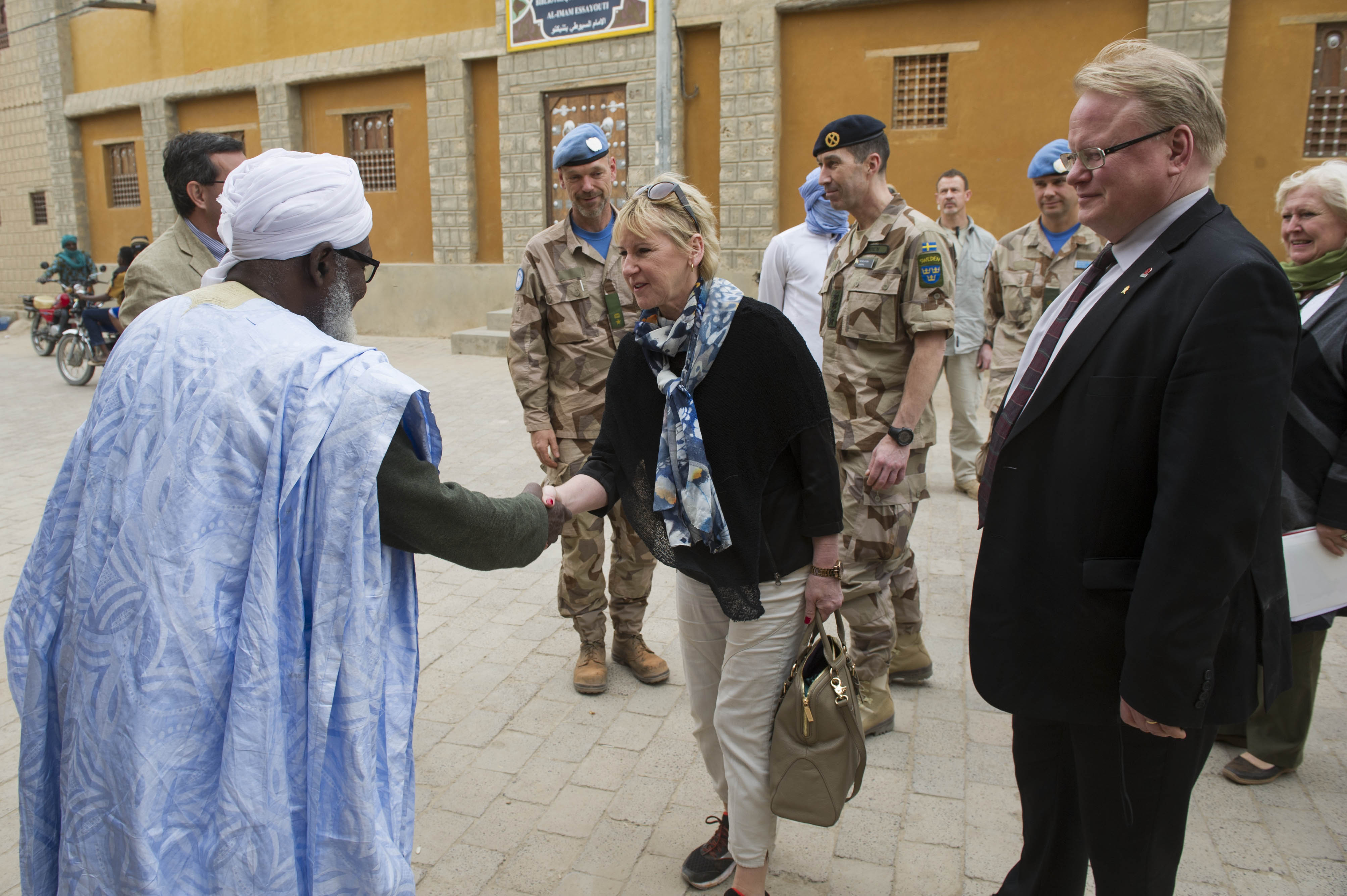 Minister for Foreign Affairs Margot Wallström and Misiter for Defence Peter Hultqvist visiting the UN Mission in Mali 2016