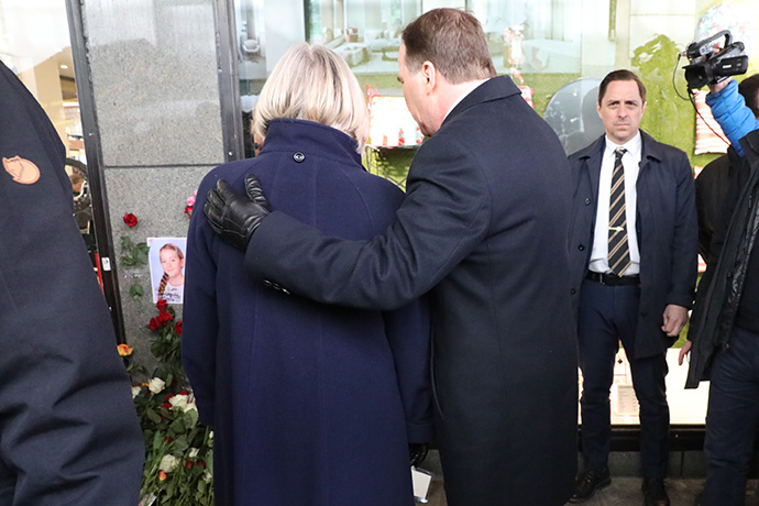 Stefan Löfven and his wife Ulla standing outside